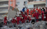 Death toll reaches 39 in quake that hit Turkey, Greece