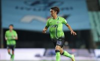 South Korean international leads Jeonbuk's cruise