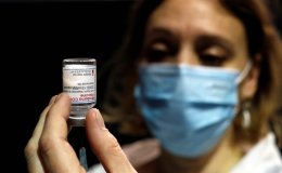 Moderna says possible allergic reactions to COVID-19 vaccine under investigation
