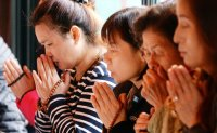 More Koreans now non-believers, census shows