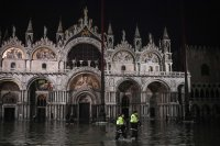 Venice mayor declares disaster as city hit by 2nd worst high tide