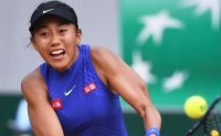 United Airlines and top Chinese tennis star in bust-up over 'excess baggage'