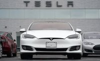 Crash, arrest draw more scrutiny of Tesla Autopilot system