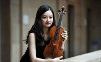 Star violinist joins Deutsche Grammophon