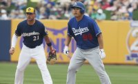 Dodgers name South Korea's Ryu as starter for opener