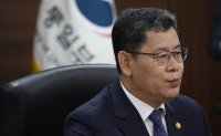S. Korea asks NK to set up joint response system against infectious diseases