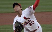Cardinals' Kim Kwang-hyun gets no-decision despite good start