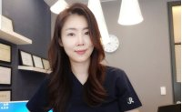 'Facial harmony, even skin tone make you look younger'