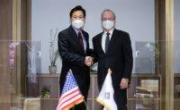Seoul mayor meets acting US ambassador