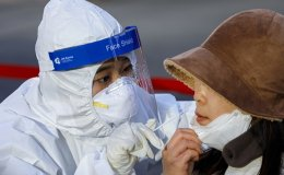 Korea to begin mass vaccination with medical workers next month; AstraZeneca's tipped to be 1st
