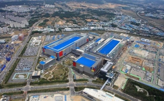 Samsung, SK account for 72 percent of global DRAM sales in 4Q