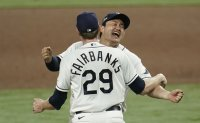 Korean journeyman Choi Ji-man takes improbable path to World Series