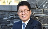 [INTERVIEW] Arts management CEO Lee Chang-ki shares leadership expertise