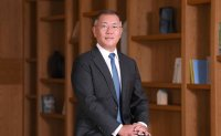 Chung Euisun promoted to chairman of Hyundai Motor Group