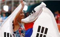 'Hurdle princess' overcomes medal jinx
