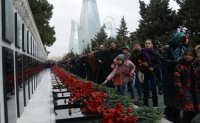 Azerbaijan marks 30th anniversary of Soviet massacre