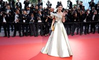 China's Fan Bingbing: violates tax law, now grammar rules
