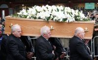 Stephen Hawking laid to rest [PHOTOS]