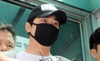 Actor Kang Ji-hwan gets suspended prison sentence in rape case
