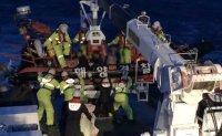 Sri Lankan dies after fishing boat capsizes