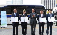 Hyundai Motor unveils hydrogen-powered bus for police