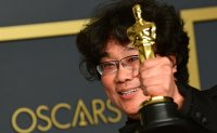 Woori, IBK to benefit from success of Oscar winner 'Parasite'