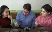 Korea Times reporters try out North Korean food
