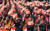 Labor groups hold rally for workers' right over weekend