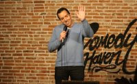 Comedians reigniting Seoul's stand-up scene