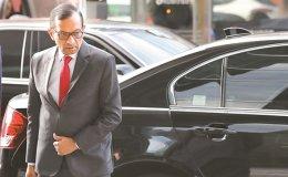 Mahindra hurls SsangYong ultimatum at Moon gov't