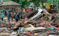 Tsunami kills at least 222 in Indonesia, injures hundreds