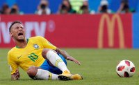 Neymar is both sublime and ridiculous
