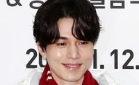 Actor Lee Dong-wook pitches Paralympics