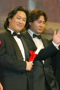 (42) Park Chan-wook: Director with blood-coated lens