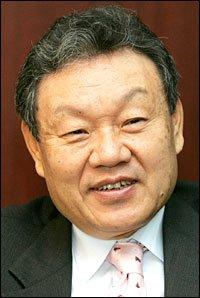 Will Euh Yoon-dae Polish Korea's Image Globally?