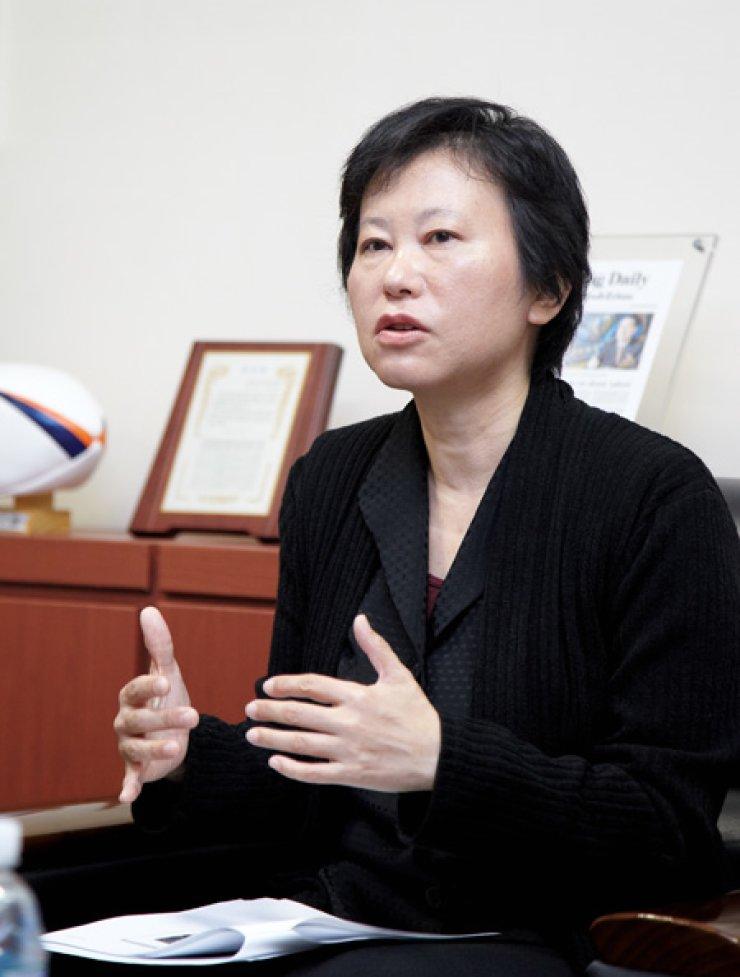 Professor Tomoko Taniguchi of Japan's Aichi Prefectural University