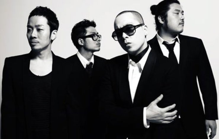 R&B group Brown Eyed Soul