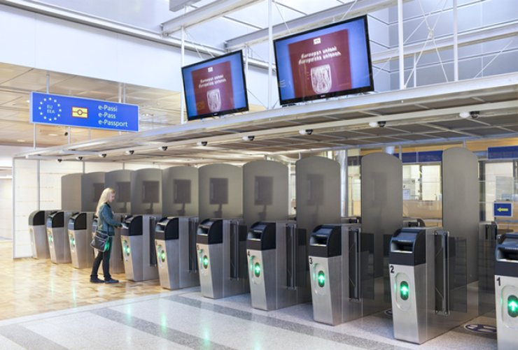 Helsinki International Airport offers an automated border control kiosk service to help Korean travelers from across the world expedite their entry into the country. Previously, only Koreans leaving Finland were allowed to use the express service. / Courtesy of Finnair