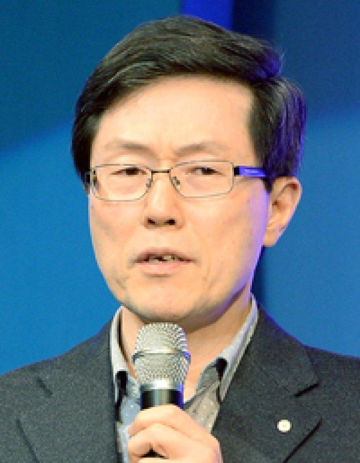 Yoon Jong-lok