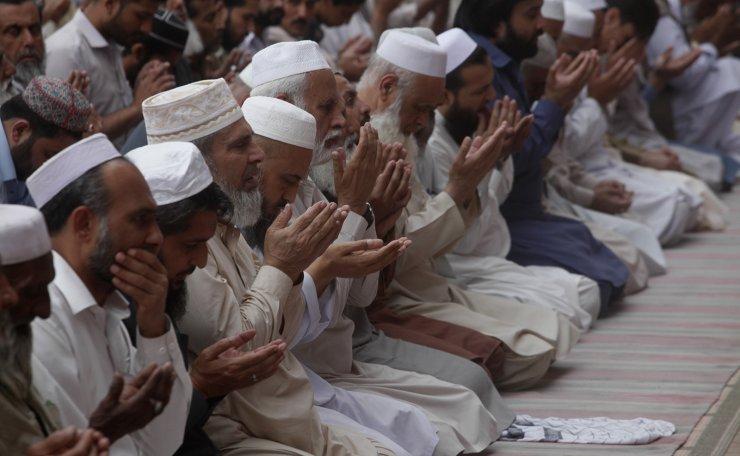 Pakistani Muslims pray during an evening prayer called 'tarawih' during the fasting month of Ramadan at a mosque in Peshawar, Pakistan, Monday, May 6, 2019. AP