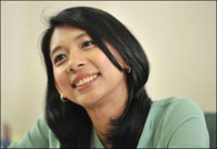 Lawmaker Jasmine Lee