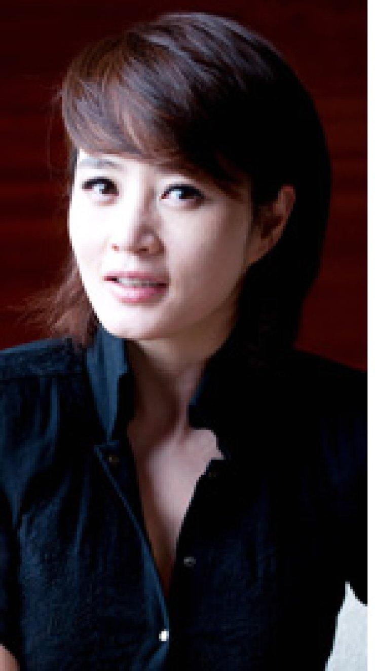Kim Hye-sooActress Kim Mi-hwaShockjock Kim Mi-kungSelf-help guru