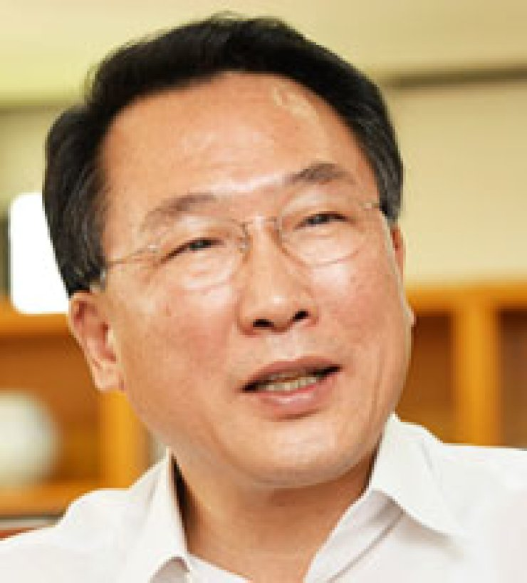 Phang Ha-namEmployment and labor minister