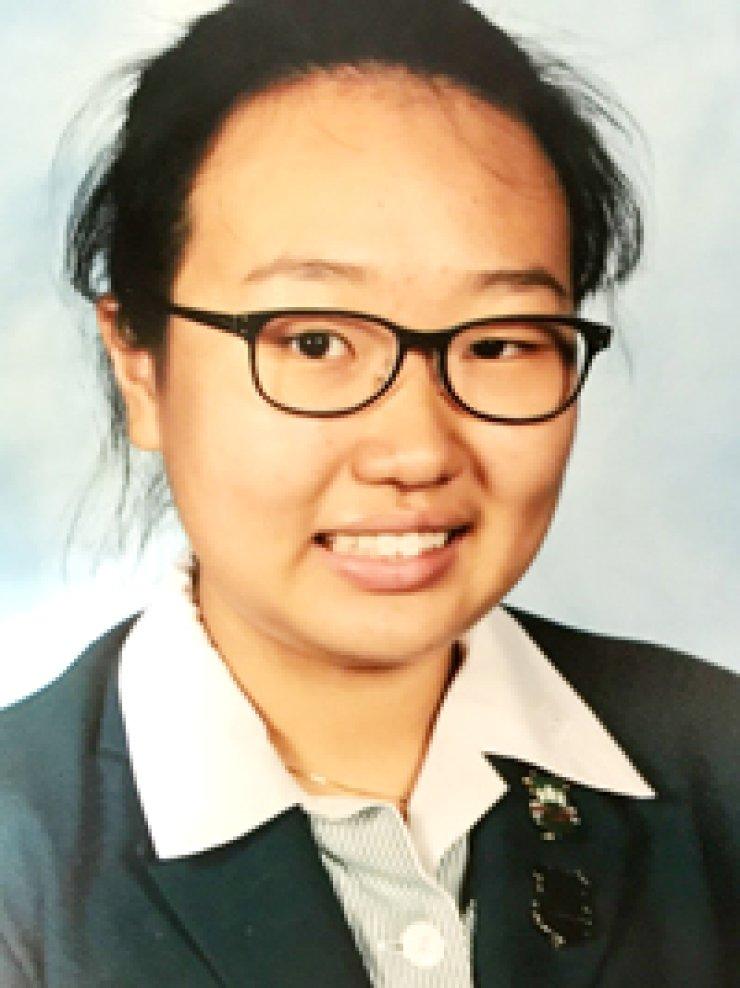 Sarah Se-jung OhGenevieve Fowler