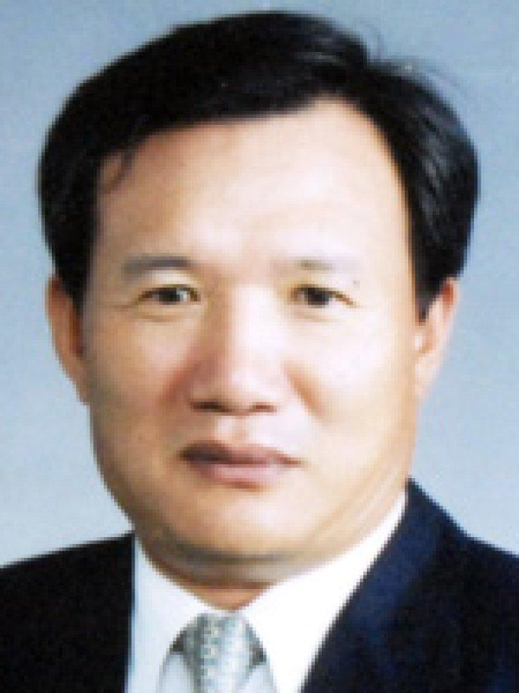 Rep. Park Sang-eunRep. Kim Hee-jungRep. Chung Ui-hwa