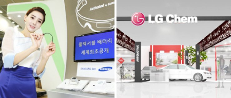 A model shows a rollable battery developed by Samsung SDI at its booth in this year's battery technology exhibition in COEX Convention Center, southern Seoul, Tuesday. At right is LG Chem's booth where it showcased its advanced vehicle batteries. / Courtesy of Samsung SDI, and LG Chem