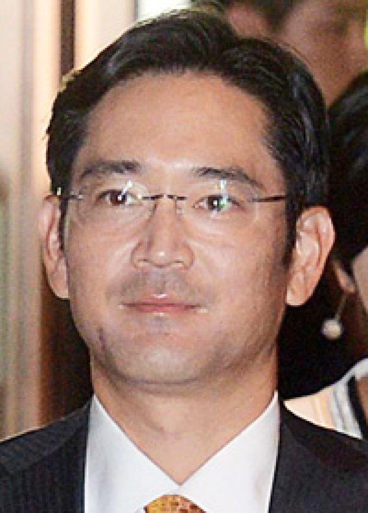 Lee Jae-yongSamsung Electronics Vice ChairmanShin Jong-kyunMobile division chief