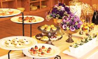How to be a gracious host