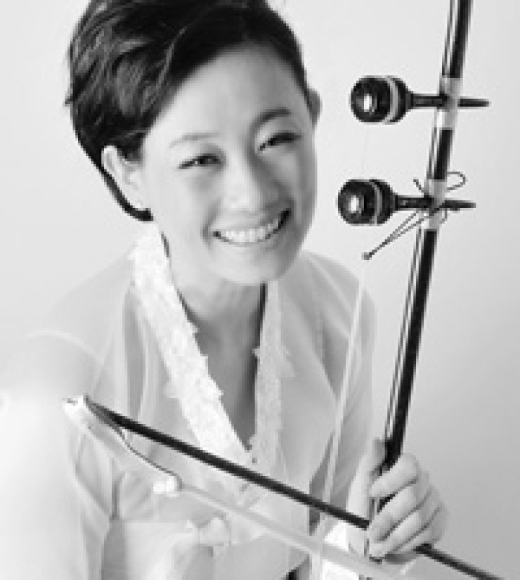 'Haegum' or traditional string instrument player Kang Eun-il will perform at the Bupyeong Arts Center on Jan. 23. / Courtesy of Bupyeong Arts Center