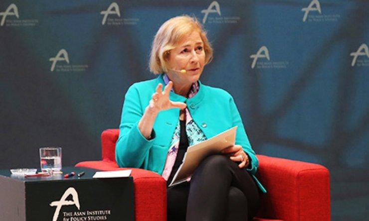 Professor Mari Fitzduff at the Asan Institute for Policy Studies in Seoul on June 17
